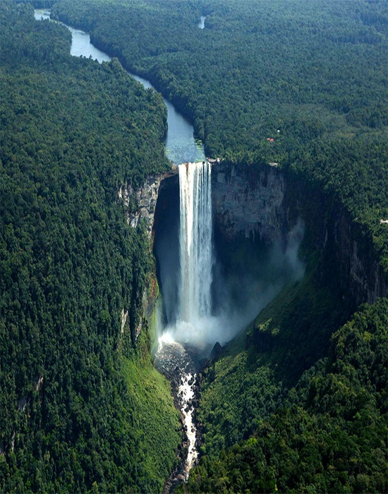 Kaieteur Falls of the Central Guyana - Image by Barefoot Traveler