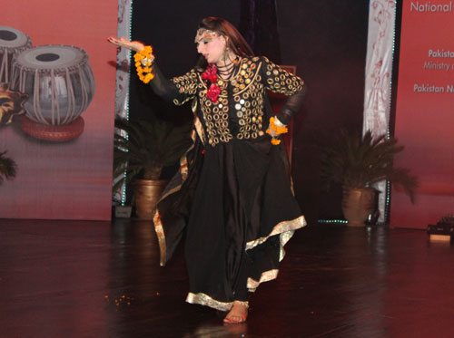 Ho Jamalo dance from Sindh - Pakistan