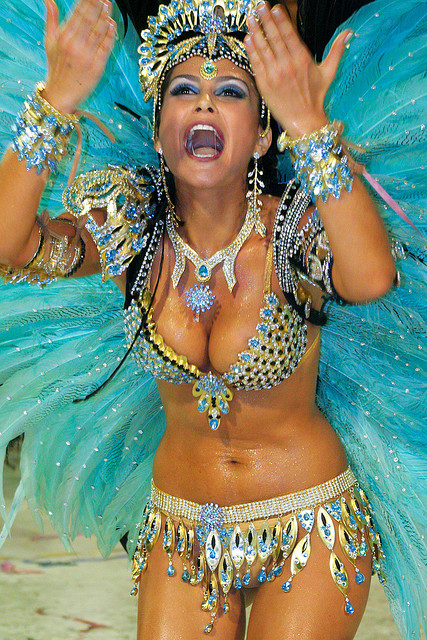 A beautiful Samba dancer in her passionate style - Image by dubiella