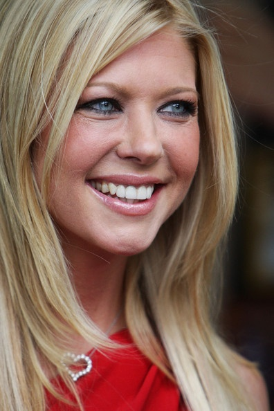 Tara Reid. A compelling American model and actress. Born November 8, 1975