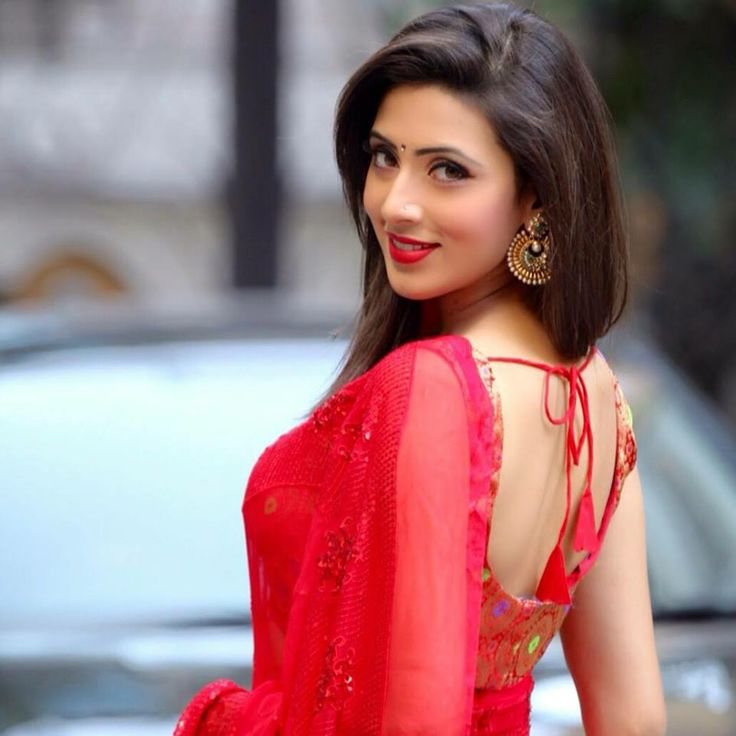 Bidya Sinha Saha Mim – She is a hypnotizing Bangladeshi actress and model.