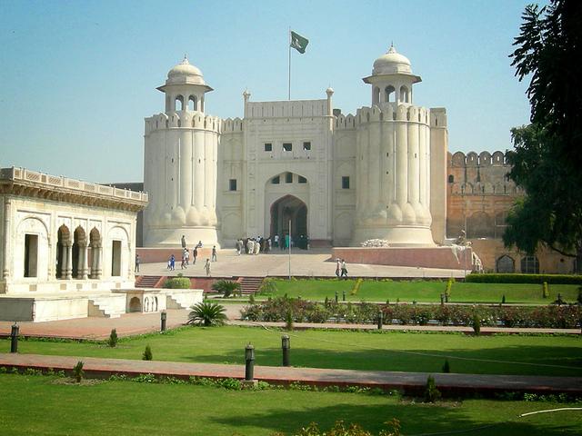 Lahore Fort, Paksitan. Image by Qaseem Ahmed