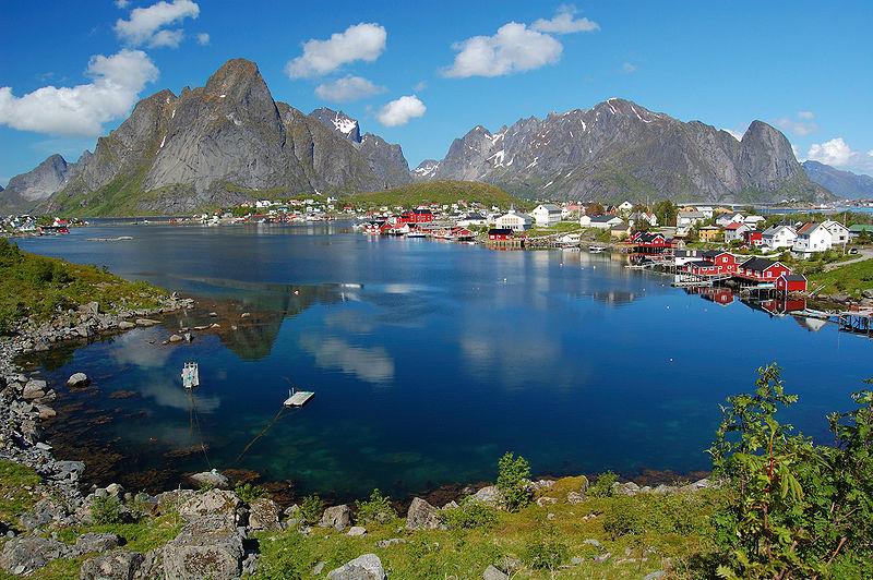 Lofoten in Norway - An exotic image by melenama