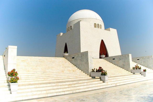 Mazar-e-Quaid - Photo by bennylin0724