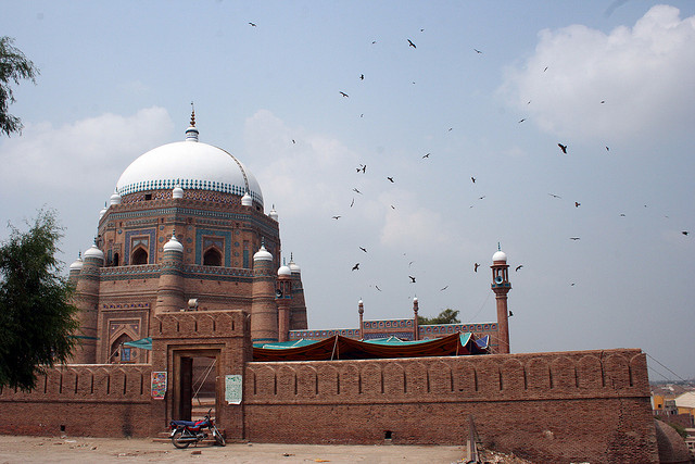 The tomb of Shah Rukn-e-Alam. Photo by AamerJaved