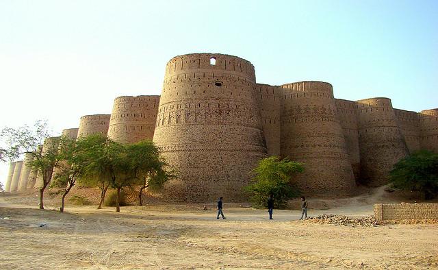 Derawar Fort - Haseeb Ansar