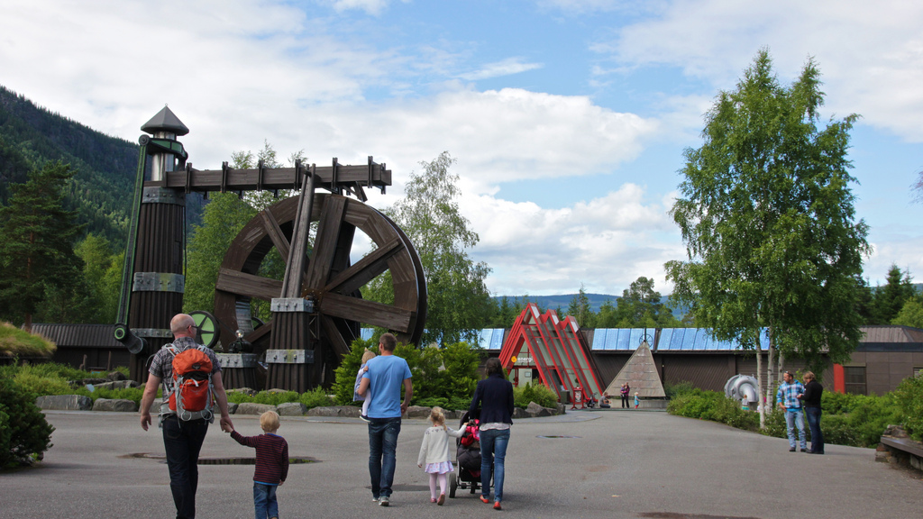 hunderfossen park - Image by hammershaug