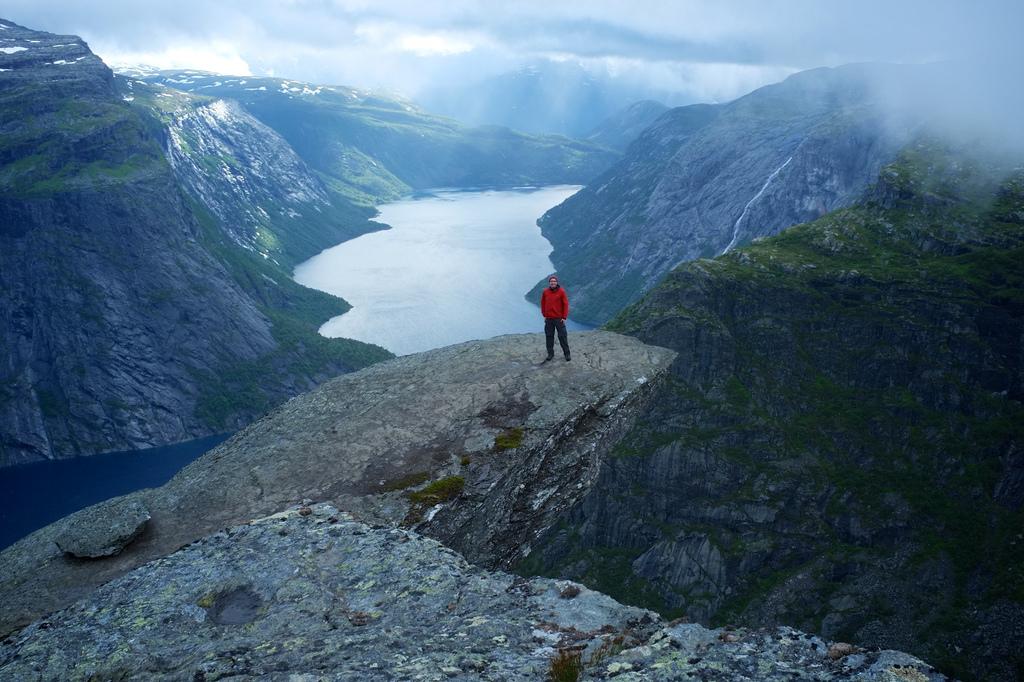 Trolltunga hike in Norway - Image by Aram K