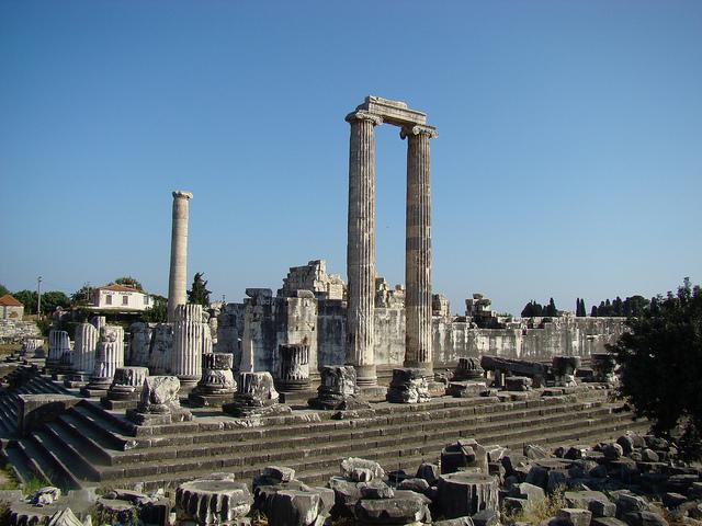 Temple of Apollo - Didim, Turkey - Image by F. Tronchin