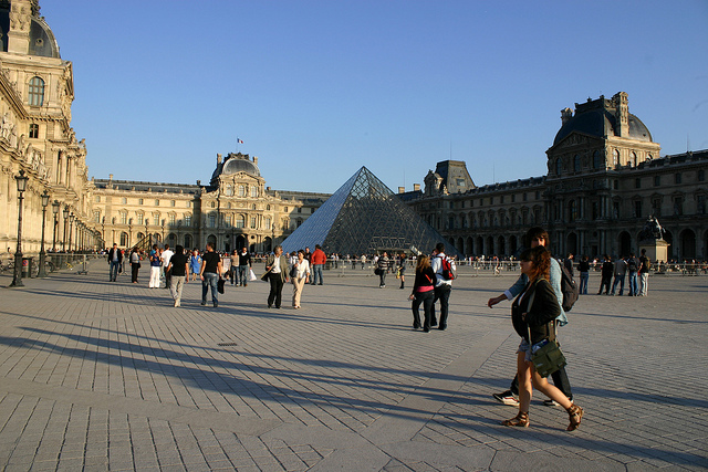Louvre Museum site by CosmicDust